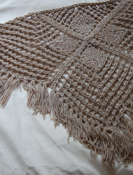 Beeton Shawl